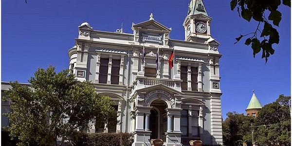The bus will stop at Leichhardt Town Hall. Source: Wikicommons