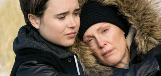 Stacie Andree (Ellen Page) and Laurel Hester (Julianne Moore) in a scene from FREEHELD, directed by Peter Sollett, in cinemas November 5, 2015. An Entertainment One Films release. For more information contact Claire Fromm: cfromm@entonegroup.com.