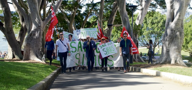 time-to-get-sirius_protestors-march-to-the-sirius-building-in-millers-point-image-jordan-fermanis