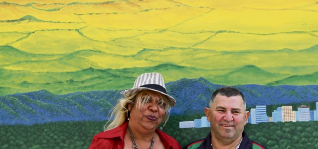 wayside-mural_glenice-grieve-of-the-lingiari-family-left-and-peter-smith-right-photo-eliot-barham